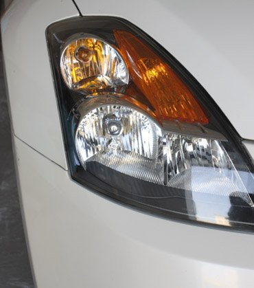 HEADLIGHT REJUVENATION